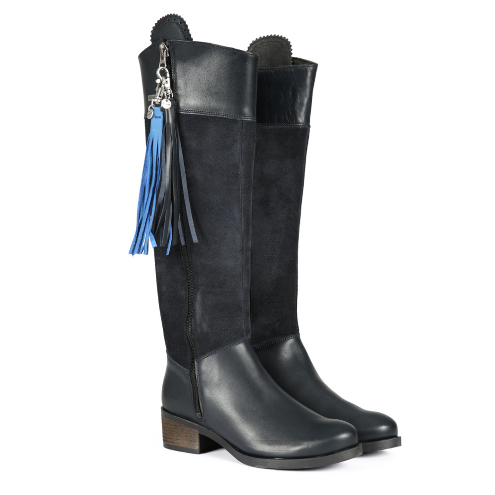 A pair of Welligogs Mayfair Boots in Navy!