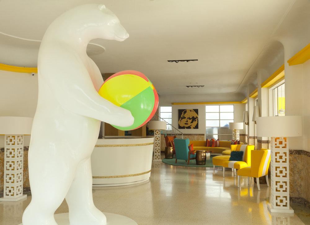 01 - Lobby 1.jpg