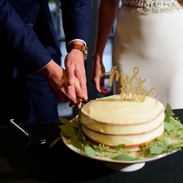 Thank you @katie_mcdonald_photography for capturing this beautiful moment of Mr. & Mrs. Sabers cutting into their wedding cake! It was truly an honor to have a part in their special day! 💕 In just a few weeks I will be making my own wedding cake!! 😱👰🏻Nerves are high, but I know it will be so special to have a homemade Sweet Stories cake! I must give credit to my wonderful fiancé for encouraging me to take on the task! I have a feeling it will be my favorite Sweet Story yet! 💗💍 . . . . #cutthecake #desmoineswedding #weddingcake #thetearoom #homemadeweddingcake #memoriesinthebaking #desmoines #iowaweddings #brideandgroom #sweetstories