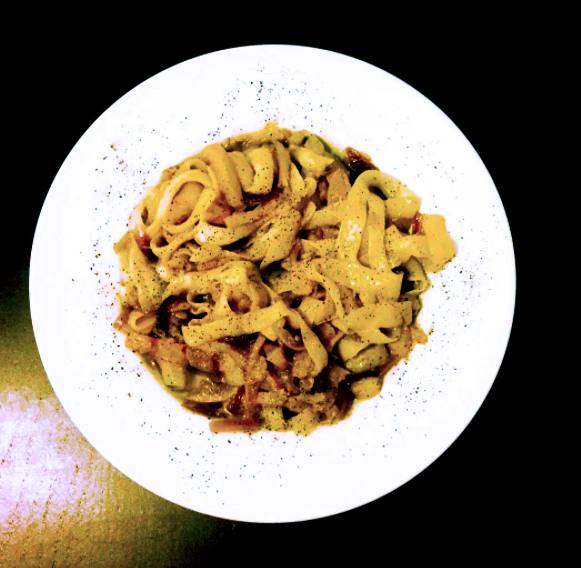 Fettuccine with yellow courgette.jpg