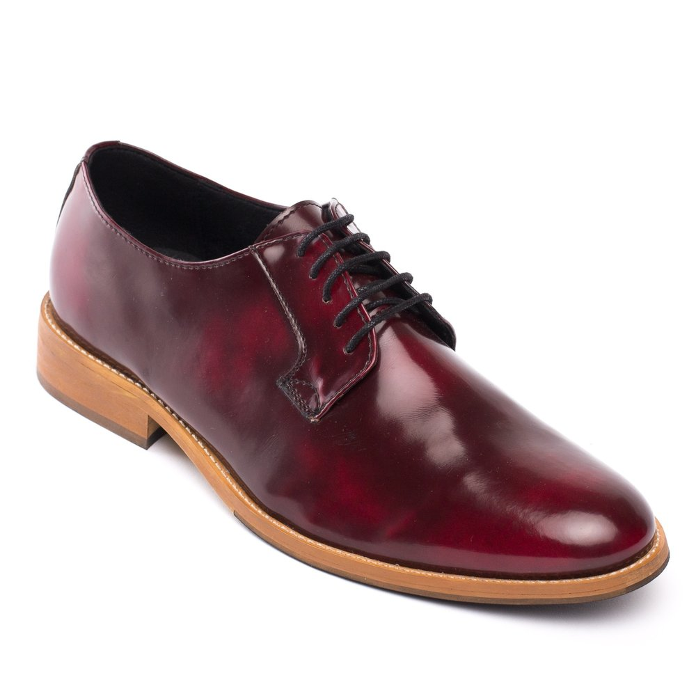 Nae Justin Dress Shoe £132 - This elegant dress shoe is given a trendy twist in bordeaux. Also available in blue and brown.