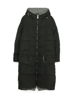 Stradivarius Women Long Hooded Anorak £59.99 - This 100% polyester anorak will keep you warm and dry