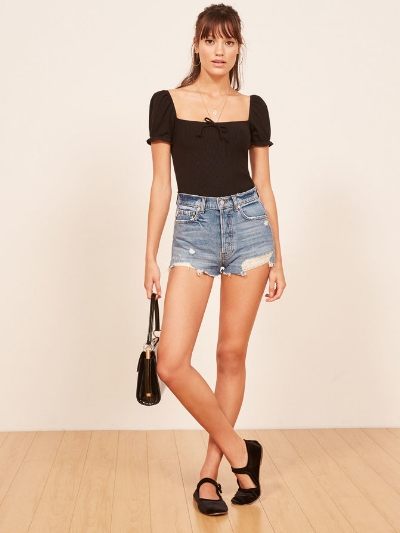 Reformation Dixie High Rise Jean Short - Denim shorts never go out of fashion. These are medium weight non stretch and made from surplus fabric. £56.60