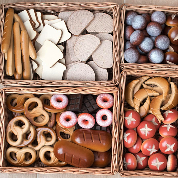 Wooden Bakery Set.png
