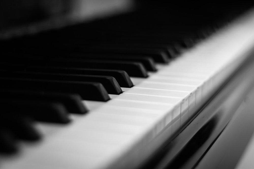 piano-558452_1280.jpg