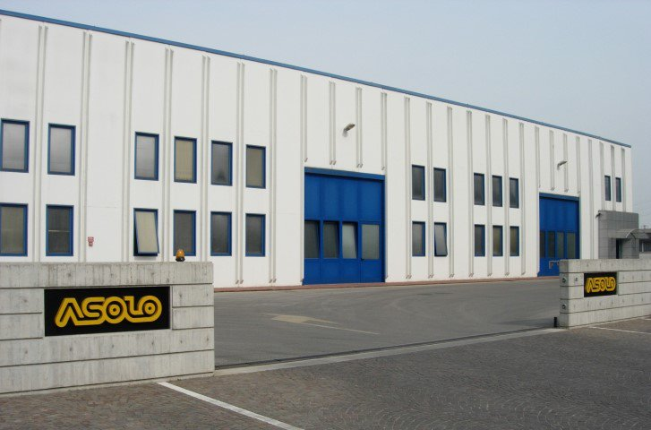 OUR VALUES - Our Headquarter:A completely efficient and well organised company building allows the various departments, from the general management to customer service, from the design department to production, to operate internationally and maintain relationships with customers, suppliers and partners all over the world.