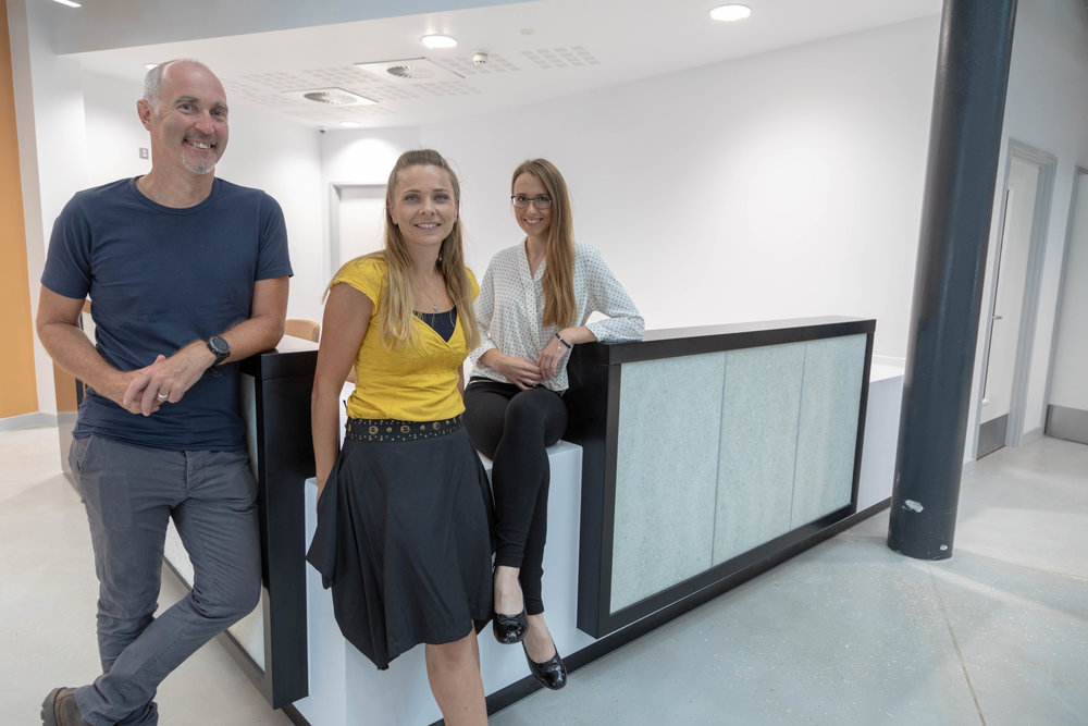 With Ian Standen, Senior lecturer in BA Architectural, BA art glass graduate Jana Kleprlikova and myself just after the installation of the desk.