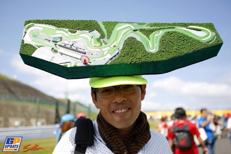 race hat.jpg
