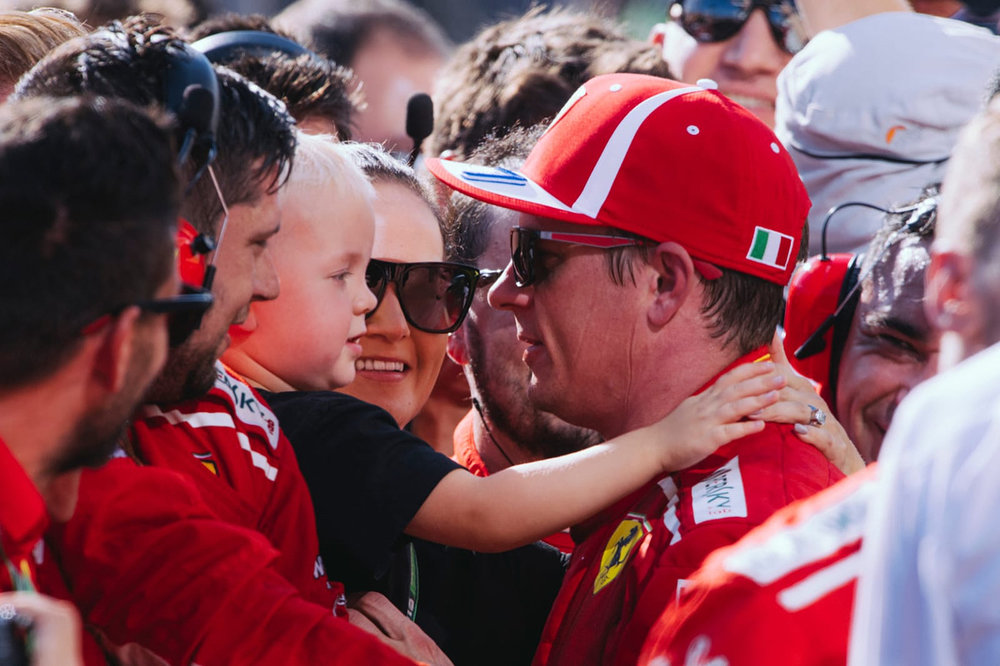 "Kimi ""he's always happy"""