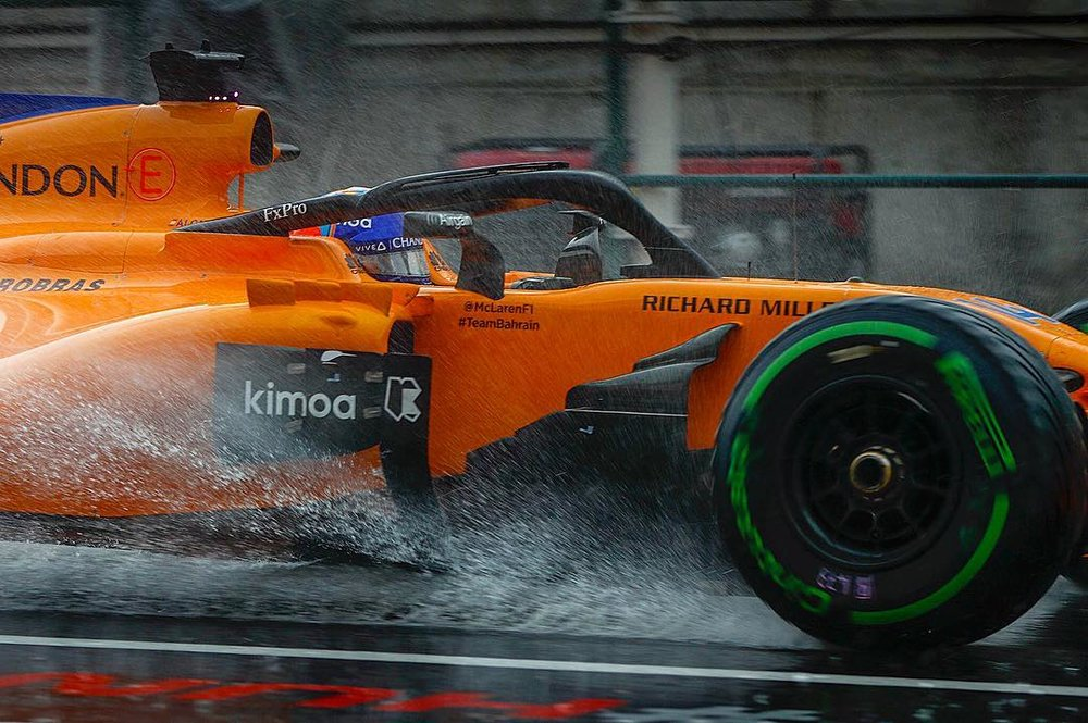 Fernando shining in the rain