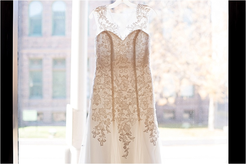 vintage chic lace wedding dress