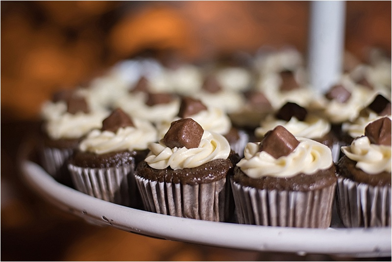 chocolate snickers mini wedding cupcakes