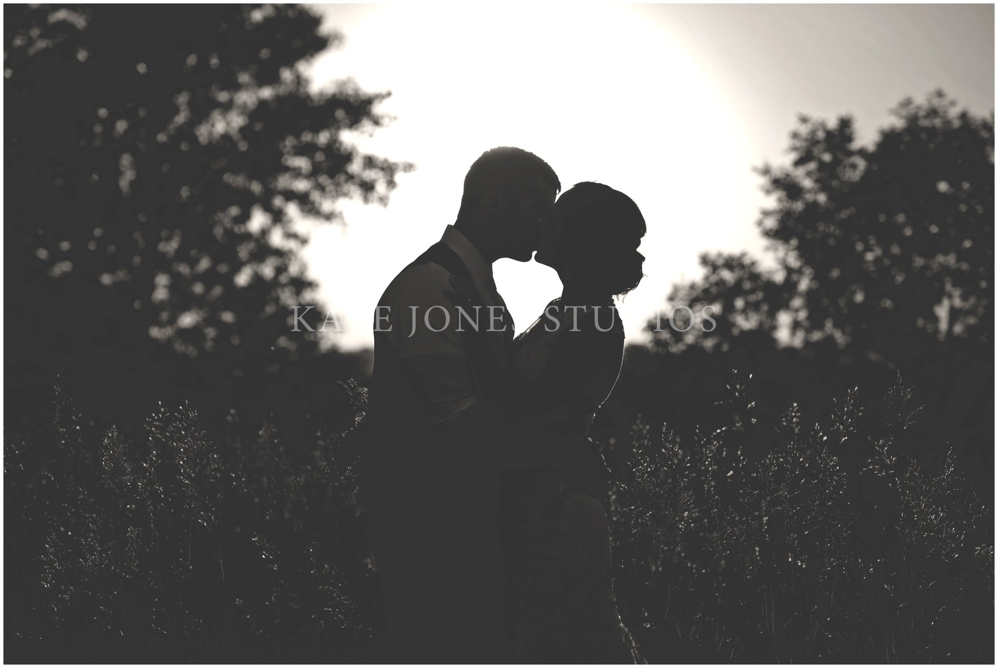 silhouette black and white wedding