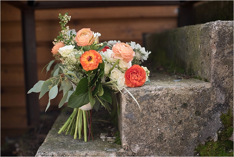 rustic peach and ivory bridal bouquet