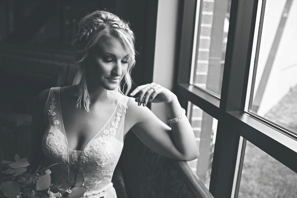 informal bridal portraits