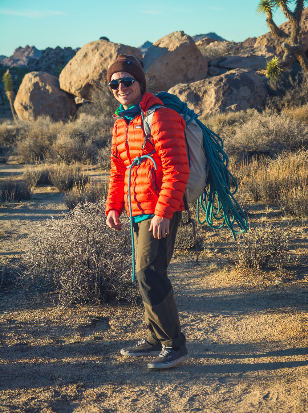 "hey look it's me being ""candid"" in joshua tree"