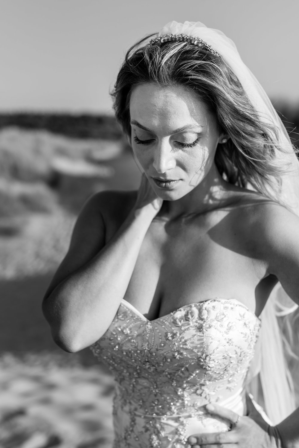 Black and white, bride close up