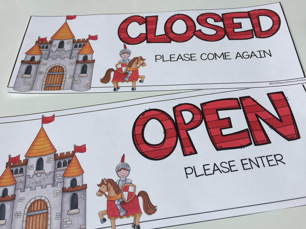 Open/Closed signs let students know when the center is open for play.