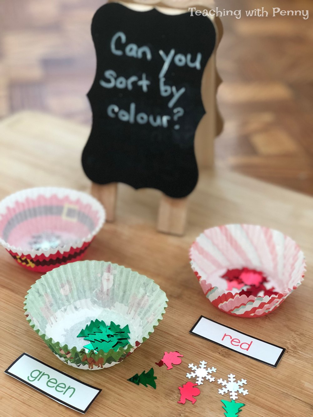 These muffin cups are perfect for sorting. This center is so easy all I needed to do was put out the confetti, stick on the labels and the muffin cups and it was good to go! You can find similar confetti on Amazon  here .