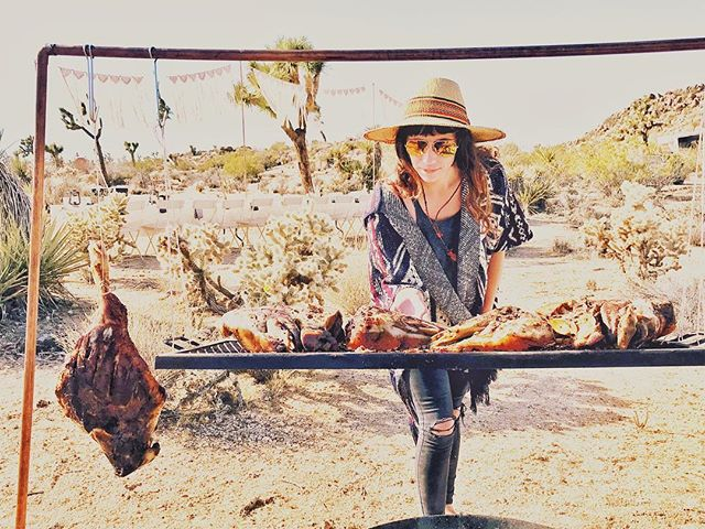 Meet Kat and her many hats - sous chef + cake baker + decor designer + owner + road trip queen all around creative badass babe- here she's checking in on the slow roastin' sweet smokin' ancho dusted pig heads. ⠀⠀⠀⠀⠀⠀⠀⠀⠀ ⠀⠀⠀⠀⠀⠀⠀⠀⠀ ⠀⠀⠀⠀⠀⠀⠀⠀⠀ ⠀⠀⠀⠀⠀⠀⠀⠀⠀ ⠀⠀⠀⠀⠀⠀⠀⠀⠀ ⠀⠀⠀⠀⠀⠀⠀⠀⠀ ⠀⠀⠀⠀⠀⠀⠀⠀⠀ ⠀⠀⠀⠀⠀⠀⠀⠀⠀ ⠀⠀⠀⠀⠀⠀⠀⠀⠀ ⠀⠀⠀⠀⠀⠀⠀⠀⠀ ⠀⠀⠀⠀⠀⠀⠀⠀⠀ ⠀⠀⠀⠀⠀⠀⠀⠀⠀ ⠀⠀⠀⠀⠀⠀⠀⠀⠀ #travelandcamp #campingvibes #campingcollective #cnntravel #livetravelchannel #tlpicks #inmydomaine #mydomaineeats #darlinglongtable #goopgo #verytandc #mywilliamssonoma #shareyourtable #lifeofadventure #visualsoflife #getoutandgather #bestfoodfeed #eater #lifeoutdoors #foodtank #knowitorgrowit #foodmatters #hipcamp #anotherescape #freshairclub #suitcasetravels #traveldeeper #mytinyatlas #passionpassport #golikehell