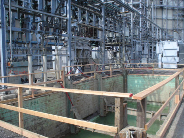 Pit 50'Lx17'Wx16'D Under Elictrical Overhead - NASA ames - Muffet, CA - A&B Construction.JPG