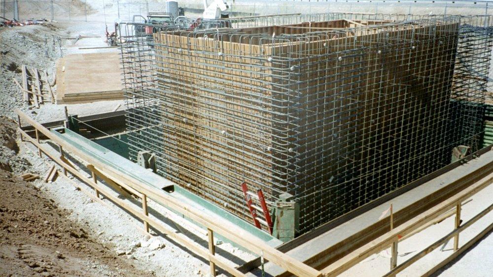 Large Structure 40'Lx30'Wx24'D - Los Banos, CA - Kaweah Construction.JPG