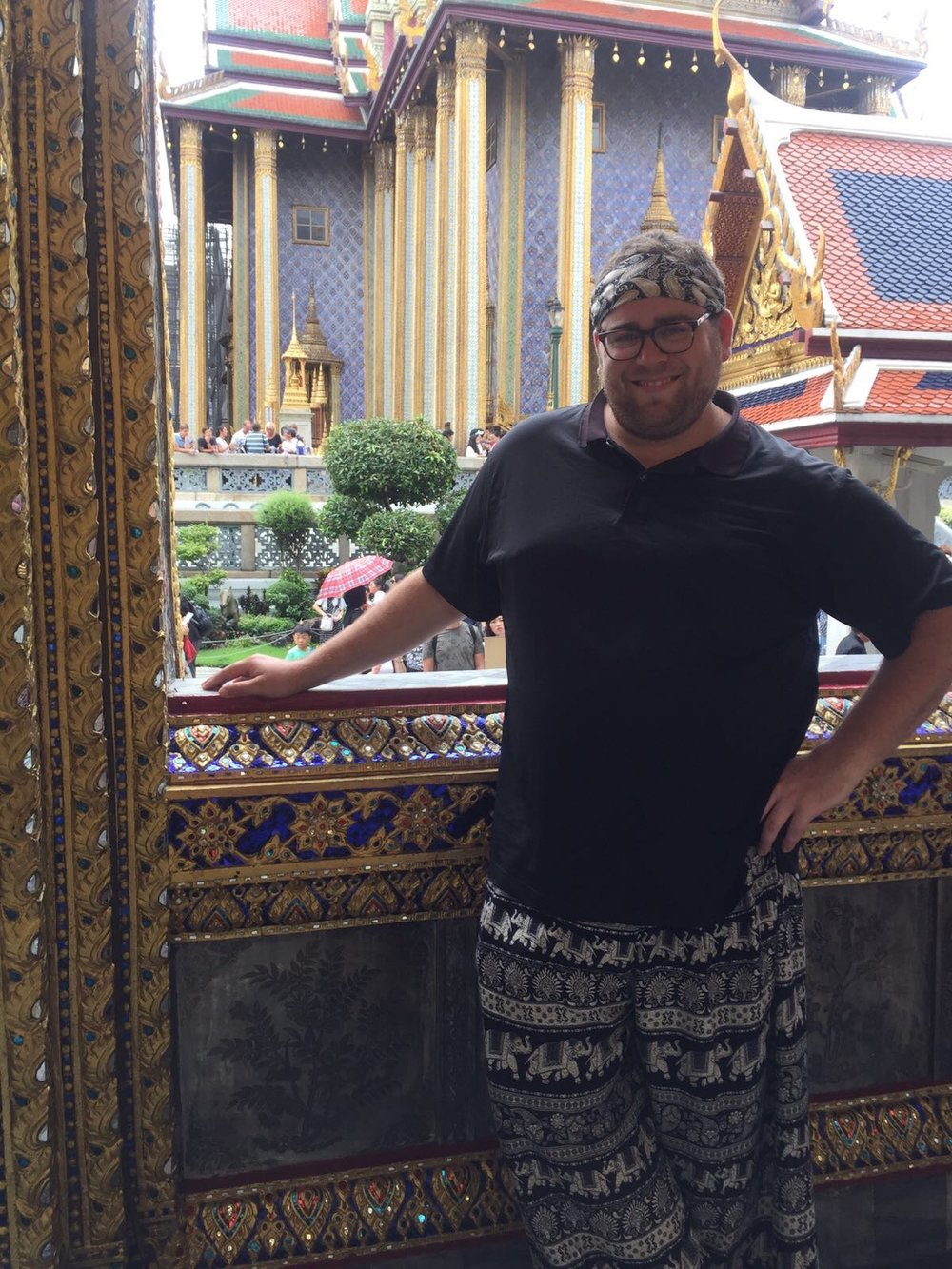 Adrian sporting his new Mandala Harem pants at the Temple of the Emerald Buddha.