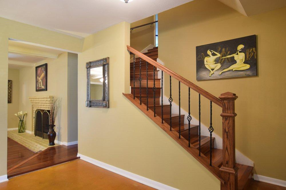 Stairway 10020 Harwich Dallas TX 75229.jpg