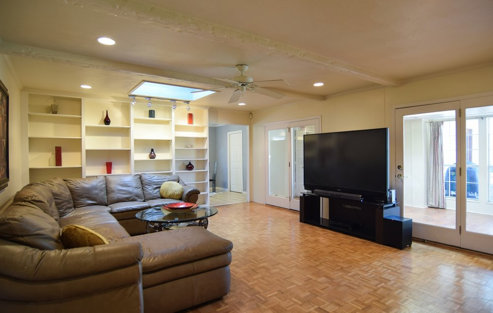 Den2 3235 Timberview Rd Dallas TX 75229.jpg