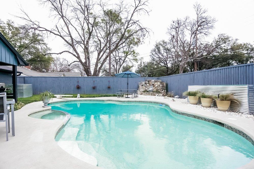 Pool View RobertJoryGroup 3240 Timberview Rd Dallas TX 75229.jpg