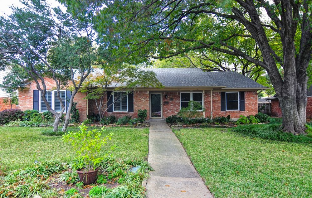 front 3112 Timberview Rd, Dallas TX 75229 Robert Jory Group.jpg