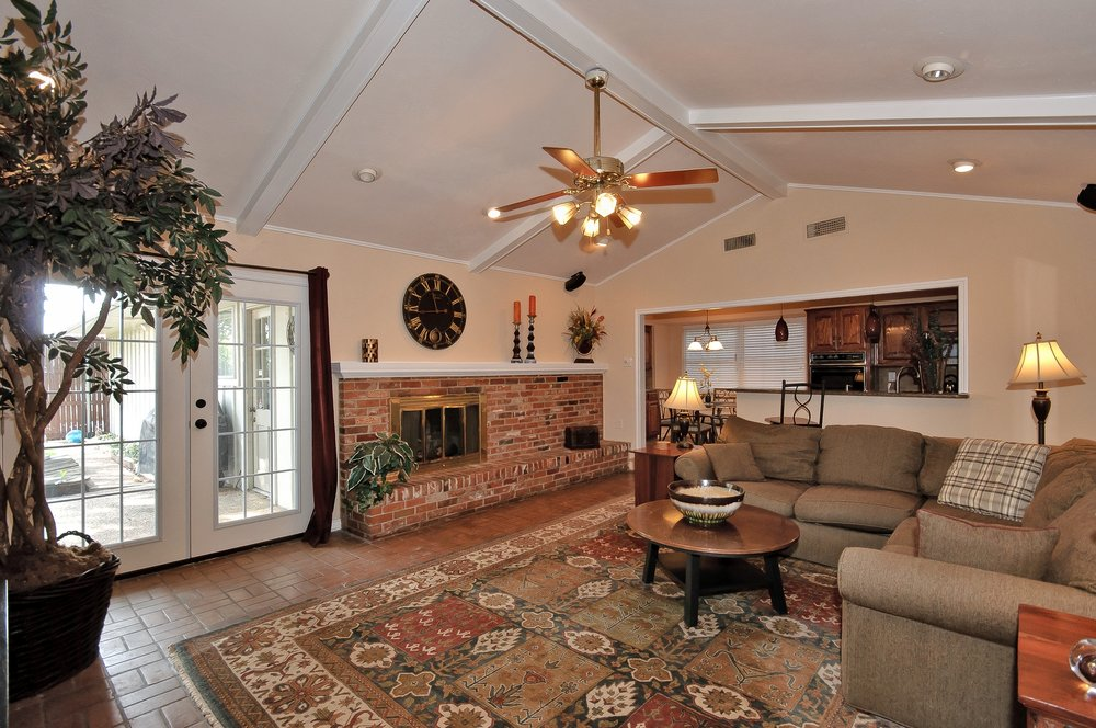 10414 Carry Back Cir Family Room w Patio.jpg