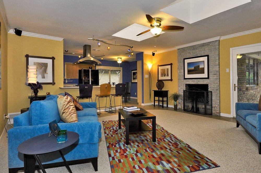 Family Room from entry 3163 Citation Dallas.jpg