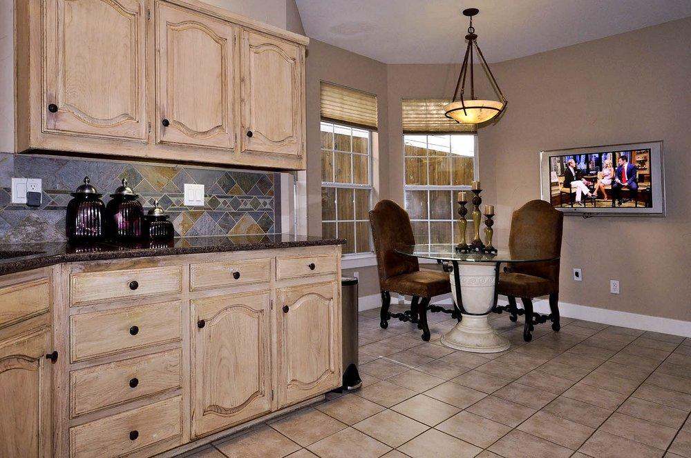 6016 Buffridge Kitchen.jpg