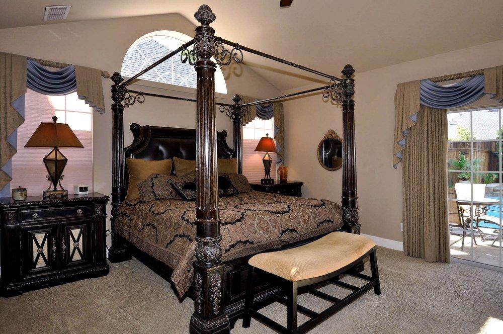 6016 Buffridge Master Bedroom.jpg