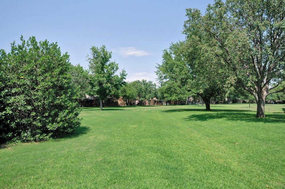 12454 Montego Plaza Green.jpg