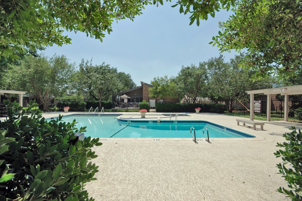 12454 Montego Plaza Pool.jpg