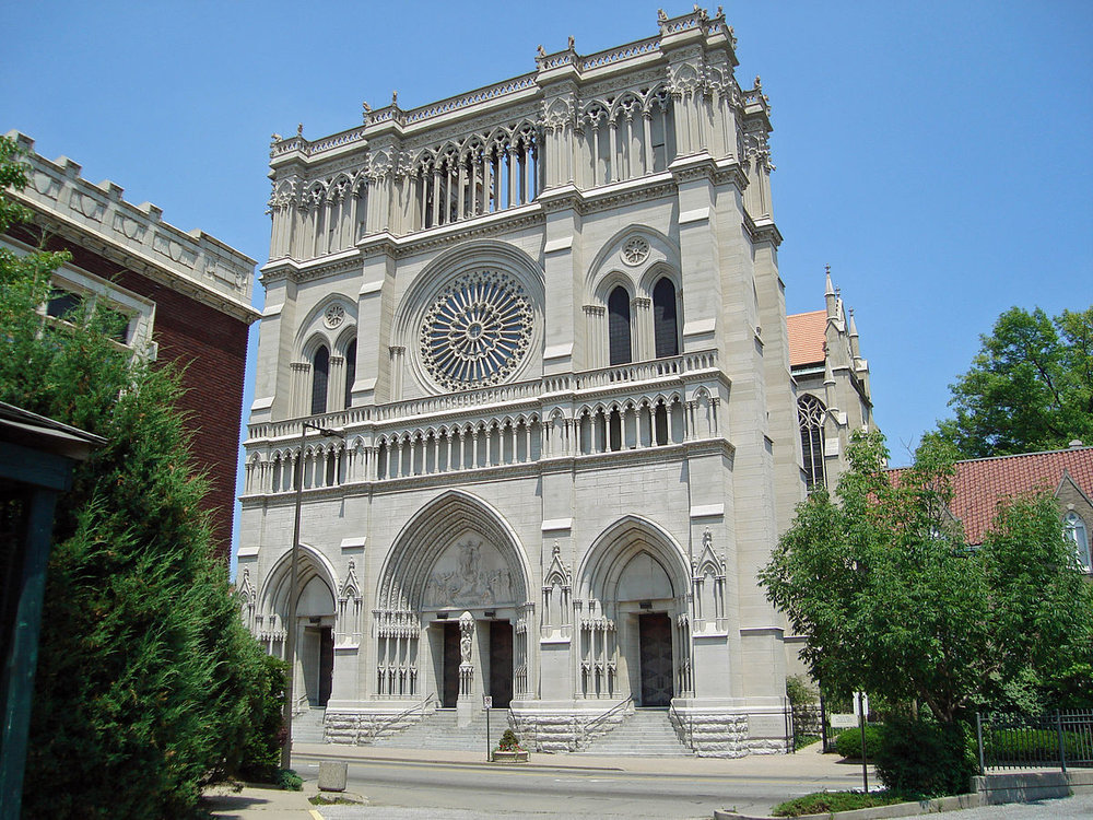 1200px-St._Mary's_Cathedral_Basilica_of_the_Assumption_in_Covington,_KY.JPG