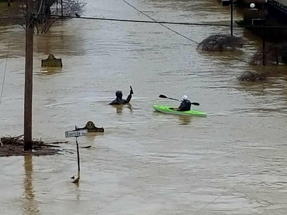 2018-02_Riverside with Roebling.jpg