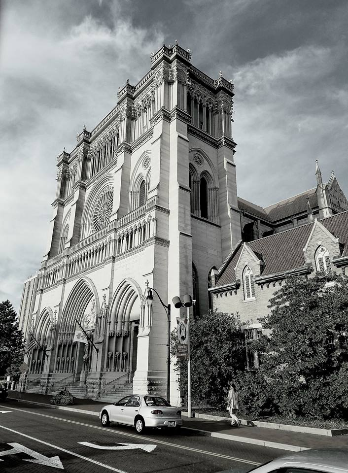 Cathedral Basilica of the Assumption in Black & White.jpg