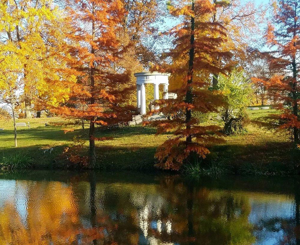 Highland Cemeter Fall Day.jpg