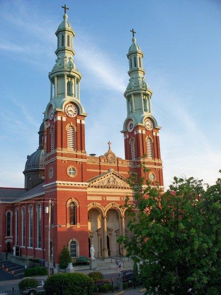 Mutter Gottes Kirche.jpg