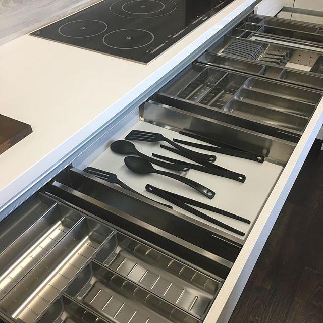 Form and function part ll @carpentry.design.inspire @luxemagazine @tammyedmondsdesign #kitchen #utility #cabinets