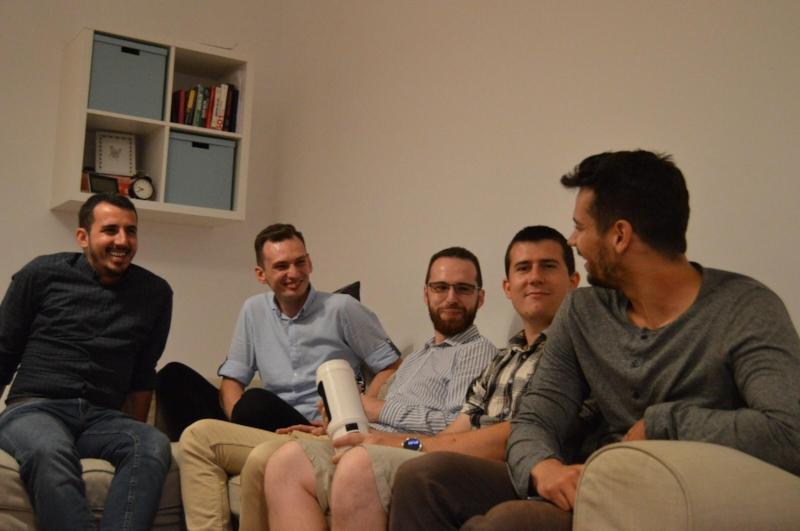 The Mox Engineering Team:   Caius Ferenczi,David Nagy, Ioan Marcu,Florin Traila,Paul Druta