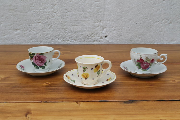 mini tea cups.jpg