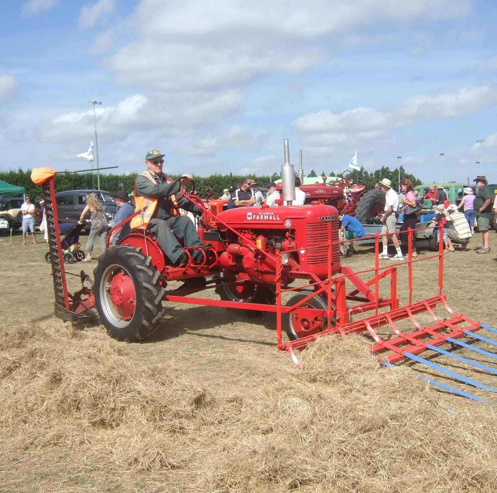KVD Tractor