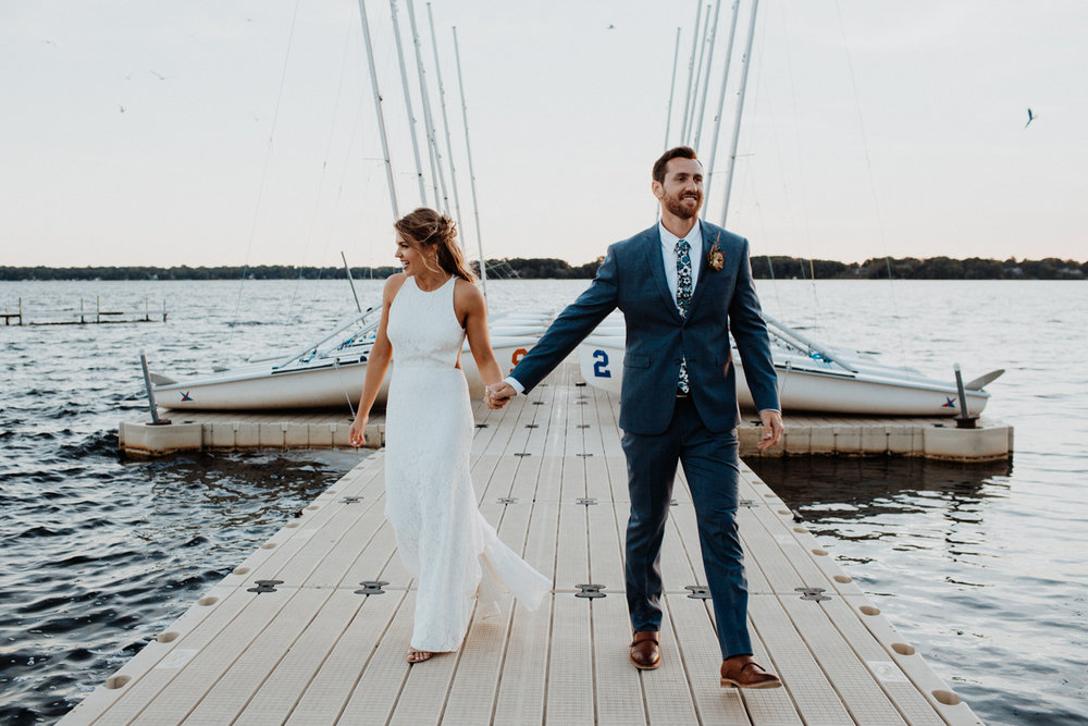 KELLI + TOM - A CALIFORNIA-INSPIRED LAKESIDE WEDDING