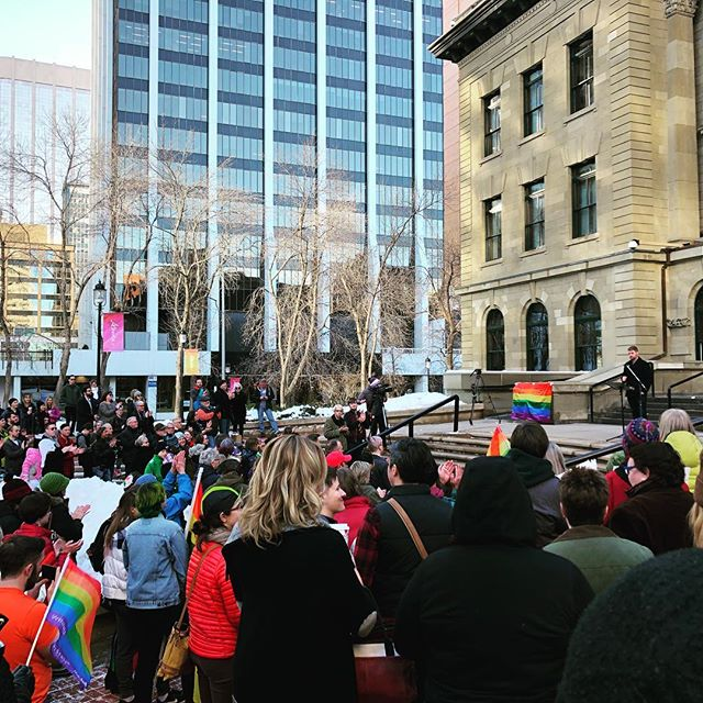 Cold but beautiful group of souls at the GSA rally in Calgary on a Sunday afternoon. Some powerful stories out of the mouths of teenagers regarding how GSAs save lives. . . #alberta #gsa #qsa #yyc #gsarallyyyc #yyclife #itgetsbetter