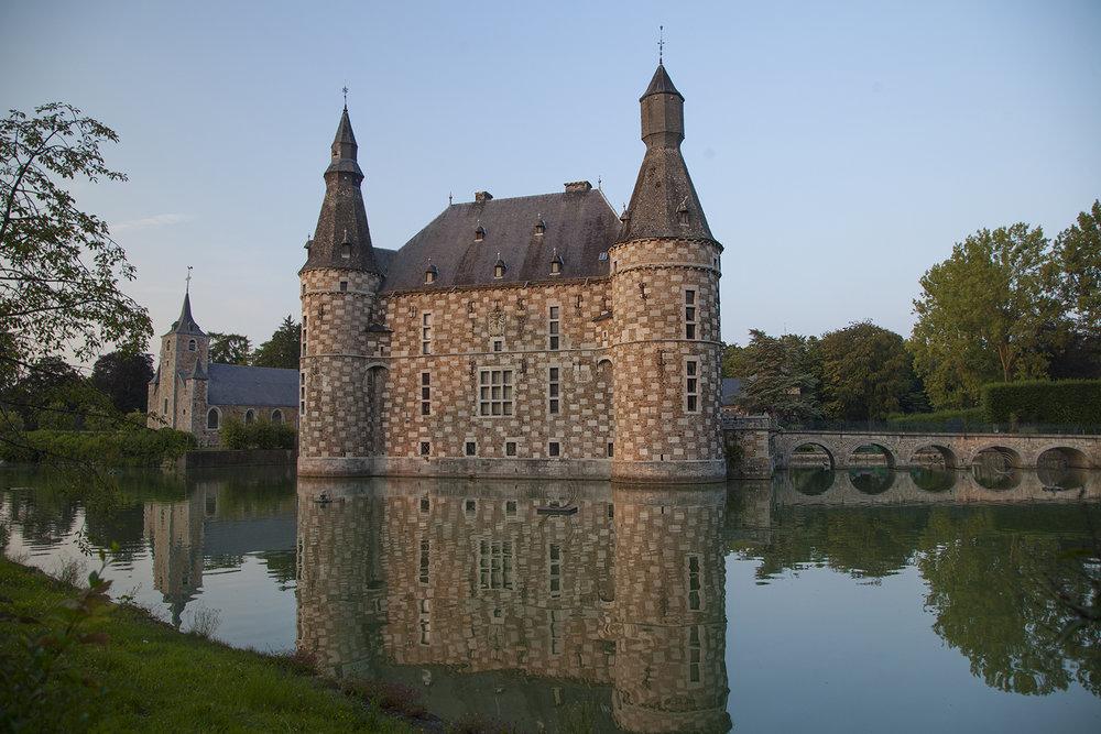 Jehay-Bodegnée Castle
