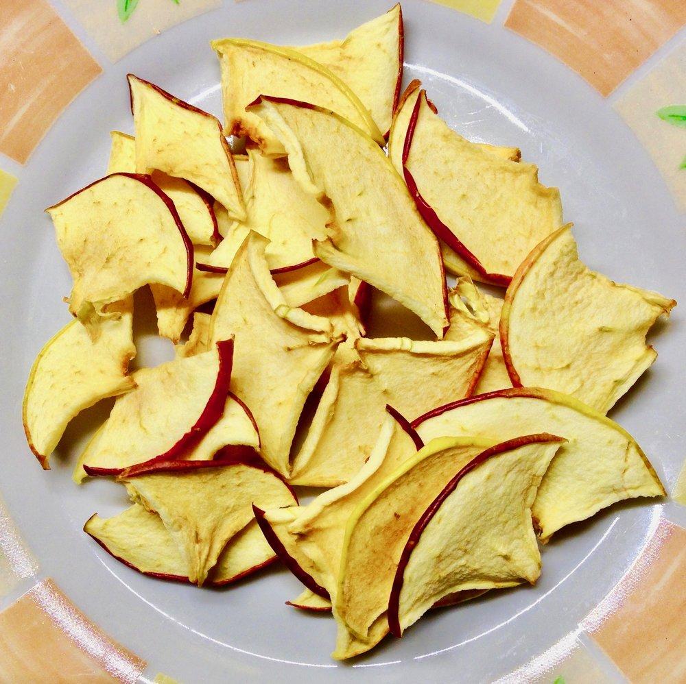 Bild 2: Gedörrte Chips aus unseren Berlepsch-Äpfeln